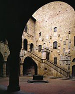 Guided Visit and Tour to Santa Croce and Bargello Museum